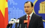 Phản đối Trung Quốc đưa máy bay ra đá Chữ Thập